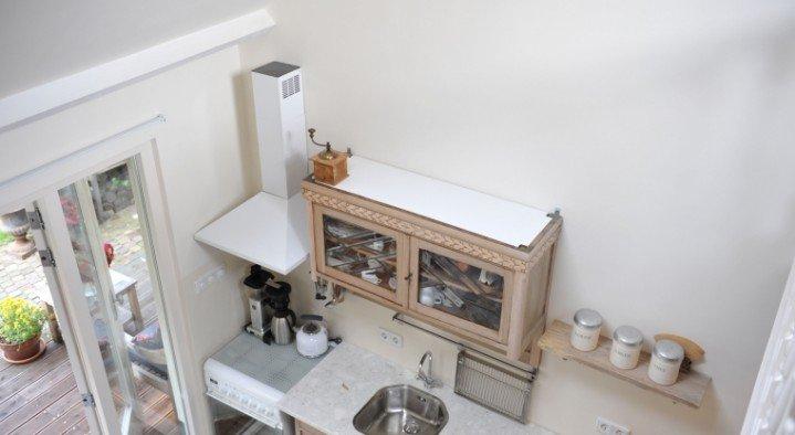 ... en Breakfast Het huisje in Breda is een tuinhuis met 1 appartement