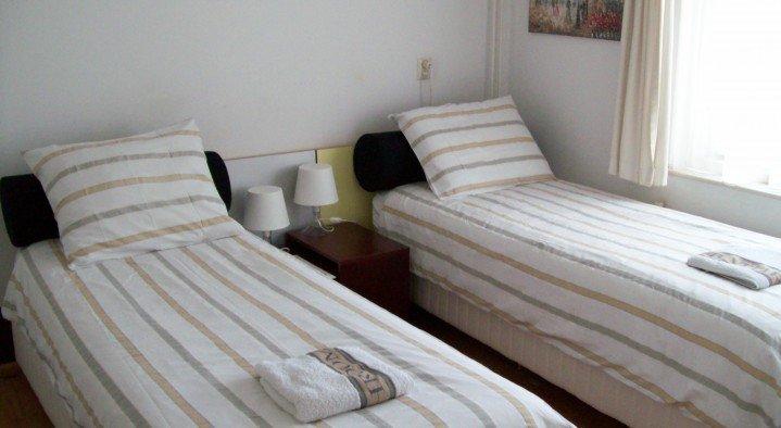maria 39 s b b noordwijk aan zee boek online bed and breakfast europe. Black Bedroom Furniture Sets. Home Design Ideas