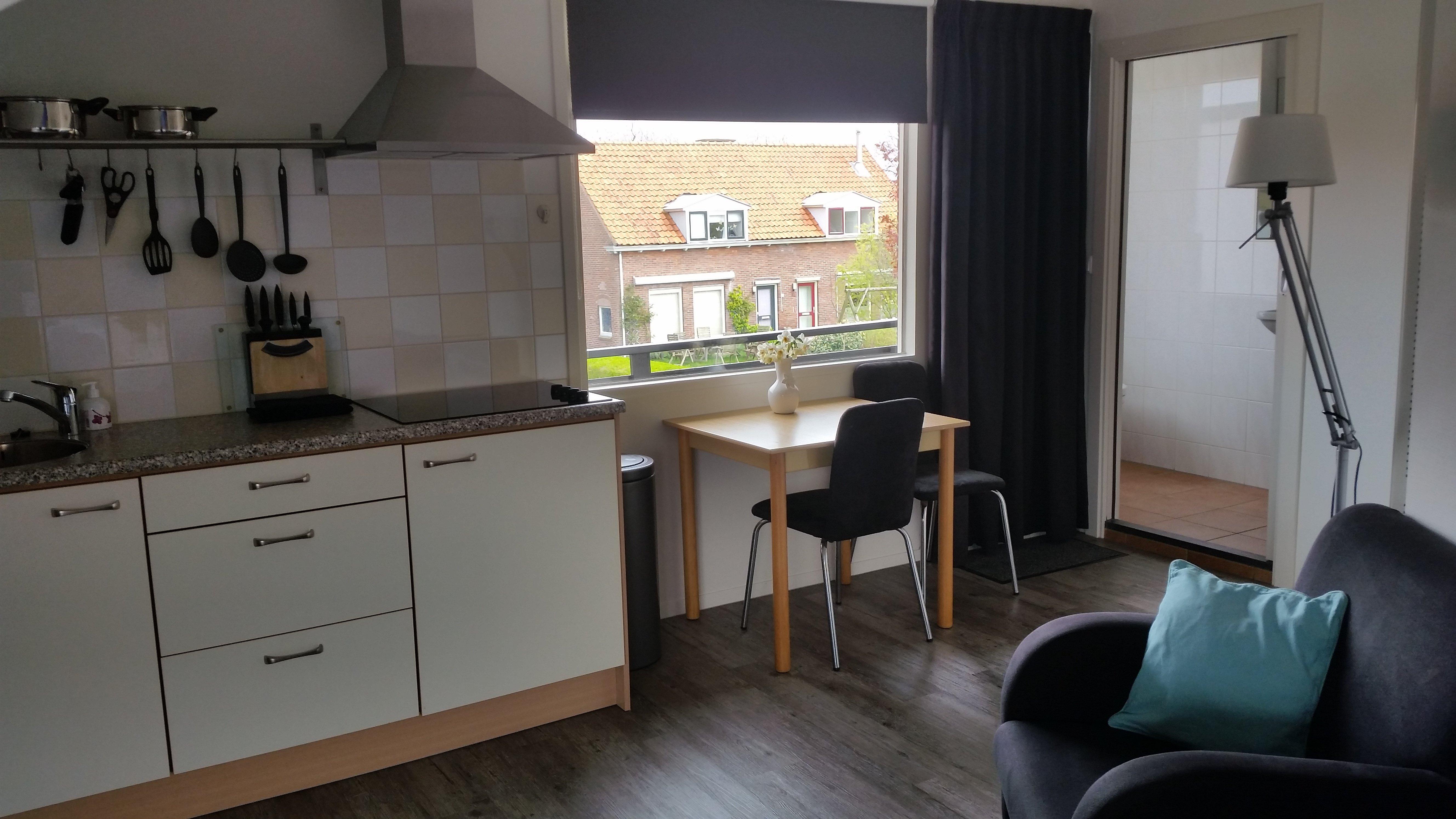 Appartementen fam wiersma den burg boek online bed and breakfast nederland - Serveren eiland keuken ...