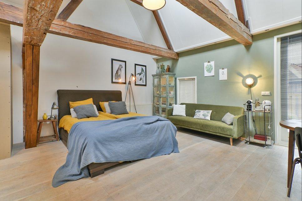 mya haarlem boek online bed and breakfast europe. Black Bedroom Furniture Sets. Home Design Ideas