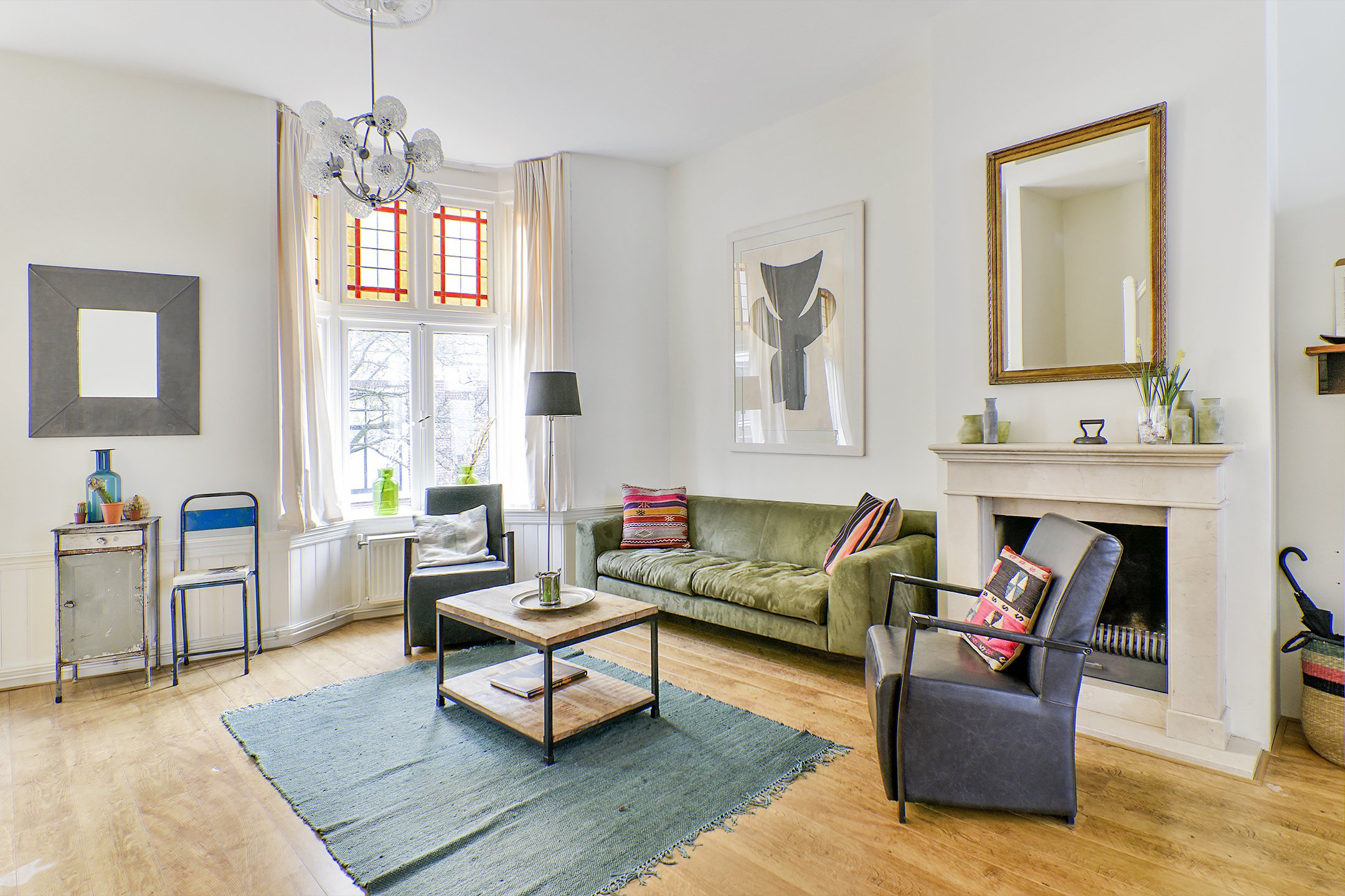 guesthouse mya haarlem. Black Bedroom Furniture Sets. Home Design Ideas