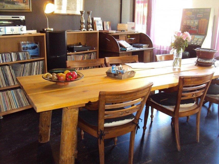 6 Persoons Tafel : Industriele tafel asmund van oud hout robuustetafels