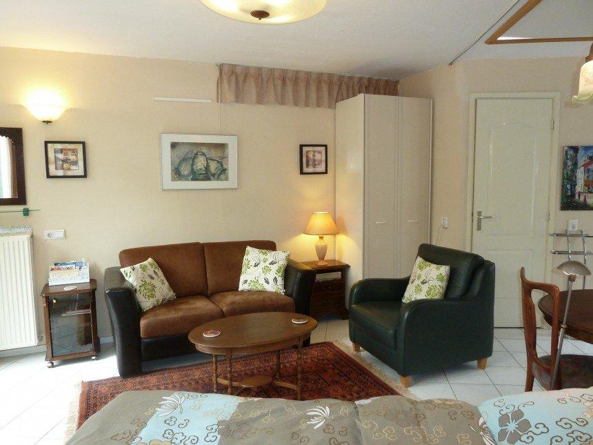 bed breakfast hout haarlem. Black Bedroom Furniture Sets. Home Design Ideas
