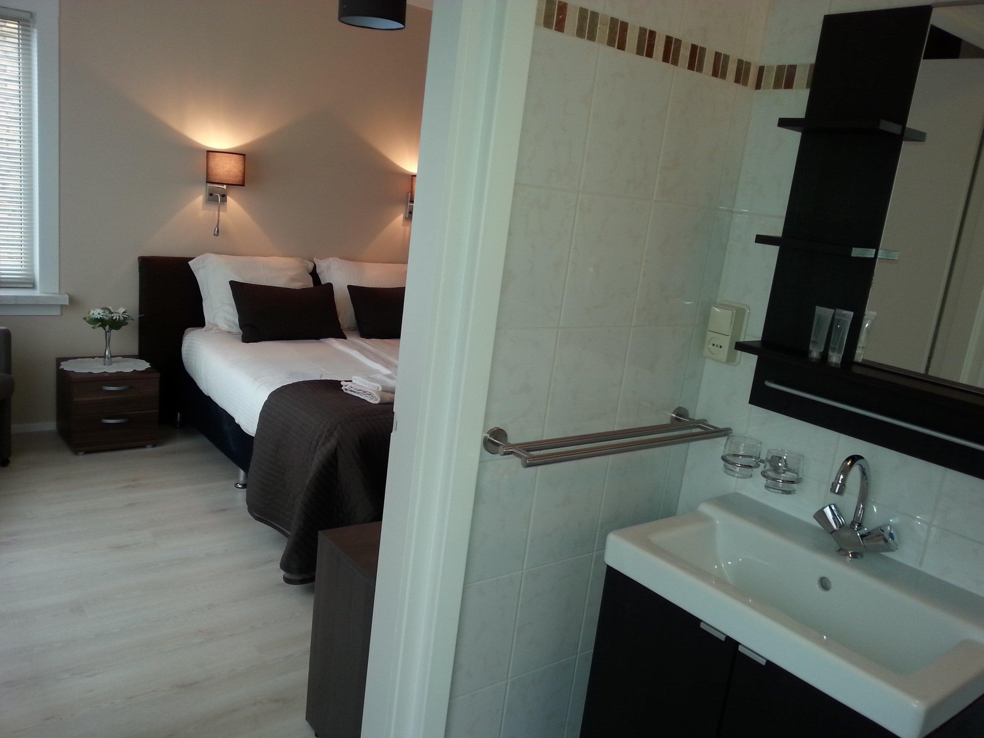 linquenda bed breakfast noordwijk aan zee. Black Bedroom Furniture Sets. Home Design Ideas