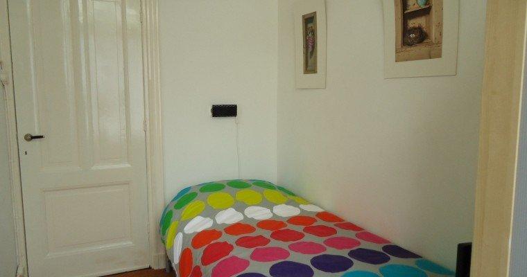 B b art deco den haag boek online bed and breakfast nederland - Deco kleine kamer ...