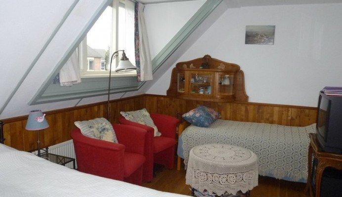 3 persoons zitslaapkamer onder het dak de rolle 32 vledder