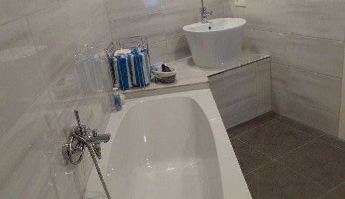 Una Vasca Da Bagno Traduzione In Francese : Una vasca da bagno traduzione in francese mettere in risalto la