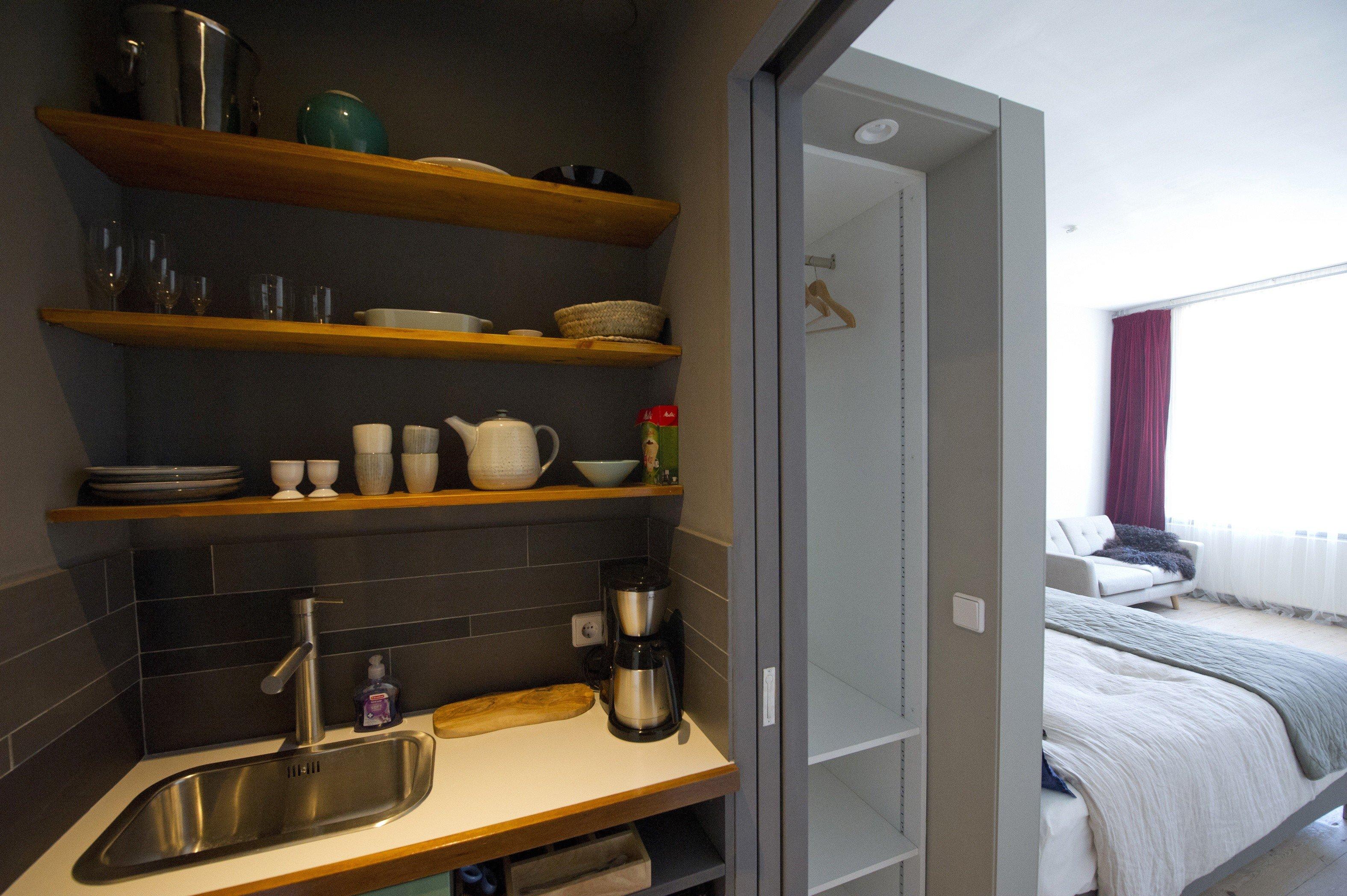 nacht aan de gracht haarlem haarlem. Black Bedroom Furniture Sets. Home Design Ideas