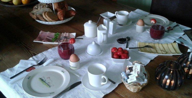 ontbijt binnen J.A. Sietsema It Aldlan 11 Marssum